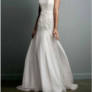 Never Worn Wedding Dress Size 6